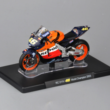 1/18 VALENTINO Rossi#46 RC 211V World Champion 2003 Motorcycle Model Children Collectible Toys