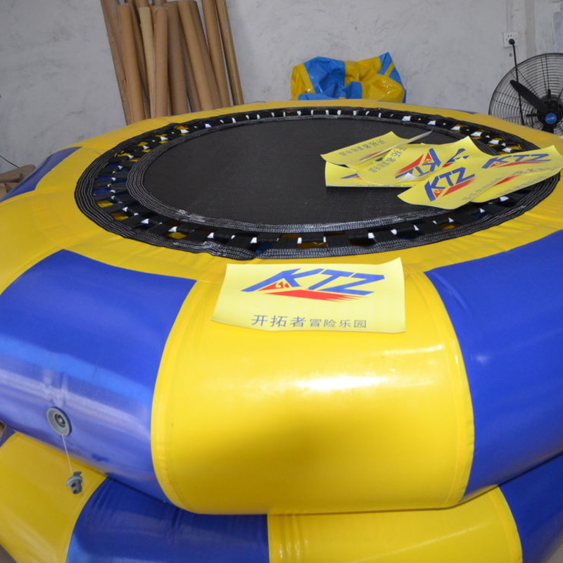 pl11162912-pvc_jumping_inflatable_water_trampoline_big_versatile_for_water_park_gaitubao_com_800x800