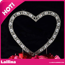 Fashion Crystal heart shape rhinestone cake topper for wedding or party(China)