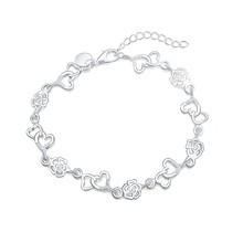 50% OFF CYPRIS fashion unique flower heart charm daisy bracelet women wholesale factory price silver plated stamp wholesale hot(China)