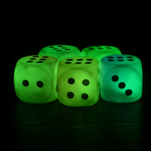 Luminous Dice Couples Families Children Housework Game Fun Dice Christmas Novelty Lights for Event & Party Supplies 300pcs/Lot