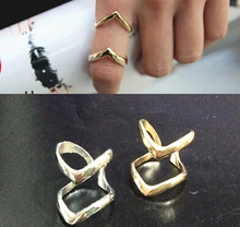 JZ225 Korean street shooting star simple and stylish double-double V-shaped metal ring joint fish