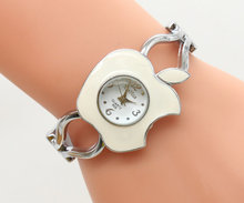 xinhua Apple shaped supply fashion lady Quartz Bracelet Watch manufacturers direct sales 143017