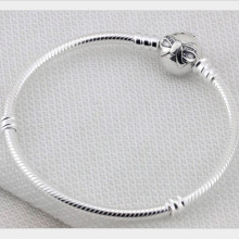 100% 925 Sterling Silver Snake Chain Clear Rhinestone Bowknot Clip Bracelet Fit European Charms Authentic Luxury DIY Jewelr Gift
