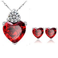 2016 New Designers Small Crystal Jewelry Set  For Wedding Red Crystal Necklace Pendant  Earrings Collections for Anniversary