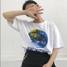 Summer new style of Hong Kong fashion earth letter printing simple wild loose short-sleeved t-shirt female