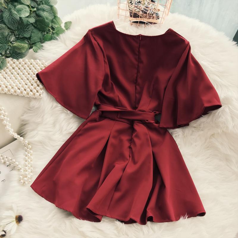 2018 Summer Jumpsuit Woman Pure Color Temperament V Collar Short Sleeve High Waist Slim Playsuits Ladies Playsuit 37