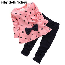 2016 new Baby Girl Clothing Set Heart-shaped Print Bow Cute 2PCS Cloth Set Children Cloth Suit Top T shirt + Pants High quality