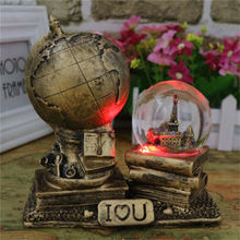 Hot Sale Resin Vintage Classic LED Light World Globe Map Earth Atlas Crystal Ball Decor For HOME Office Gift for Friends