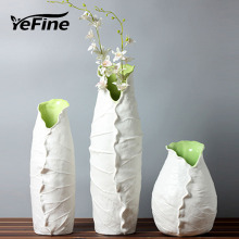 YeFine Ceramic Vase For Home Decor Creative Design Lotus Leaf Beauty Porcelain Vase Continental Flower Vase Tabletop Ornaments