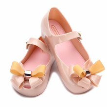 Melissa Girls Jelly Sandals New kids sandals jelly shoes Satin bow PVC soft outsole children sandals Rain shoes 13 - 18 CM(China)