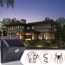 Solar Energy Pest Control Outdoor Garden Yard Ultrasonic LED Rat Mosquito Snake Rodents Waterproof Electronic Pest Repeller