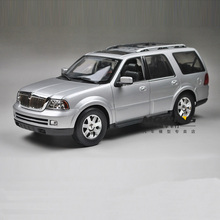 1:18 WELLY Lincoln Navigator SUV alloy car models Wheelbase Off-road vehicle Limited Collection Luxury cars Kids toy