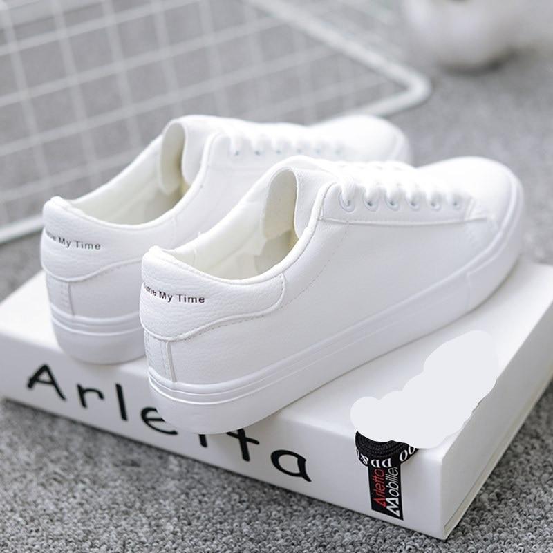 حذاء نساء لون ابيض 36