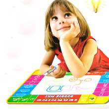 2016 New Baby Water Drawing Painting Writing Mat Board & Pens Aquadoodle  Games Kids Toys pochoirs pour la peinture