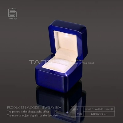 Top Quanlity Marriage Proposal Gift Box With Light Blue Piano Lacquer Wood Box Romantic Packing Box 143 Size 6*6*58 cm A020<br><br>Aliexpress