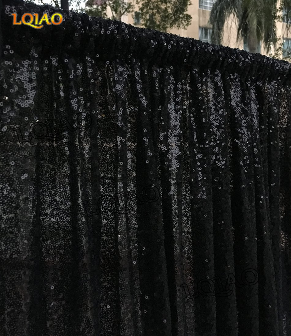 black sequin backdrop-005
