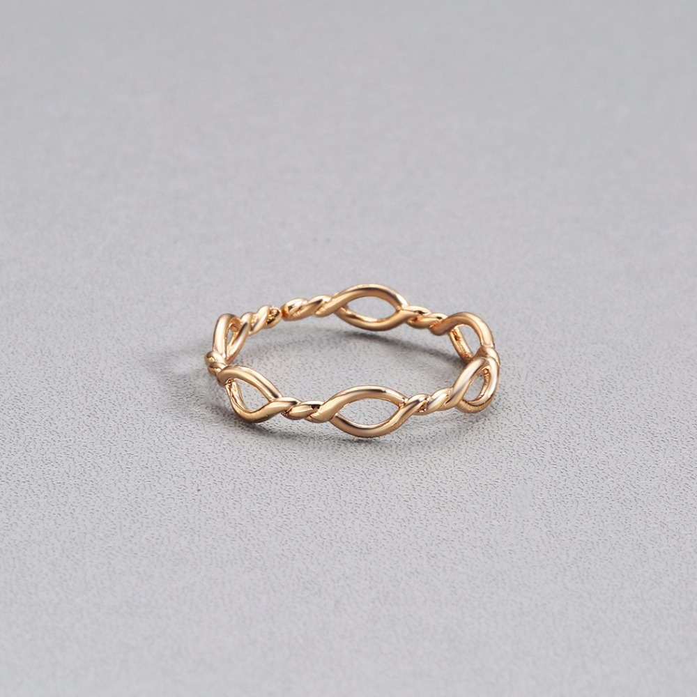 simple twist ring