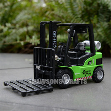 DIECAST METAL 1:24 TRUCK MODEL TOY SOUND & LIGHT PULL BACK FORKLIFT REPLICA(China)