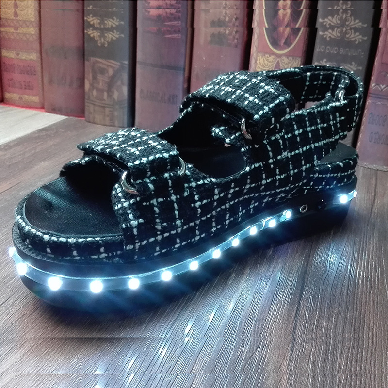 2016 new light sandals Europe runway muffin chunky LED light shoes<br><br>Aliexpress