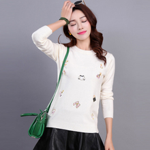 New 2017 Autumn Winter Women's Knitting Sweaters hight qulity Embroidered Flowers Popular Pattern O-neck Clothing sweaters AS54(China)