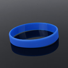 men&women fashion jewelry Unisex Trendy Rubber Flexible Wristband Wrist Band Cuff Bracelet Bangle For Women Men Sports Bracelet(China)