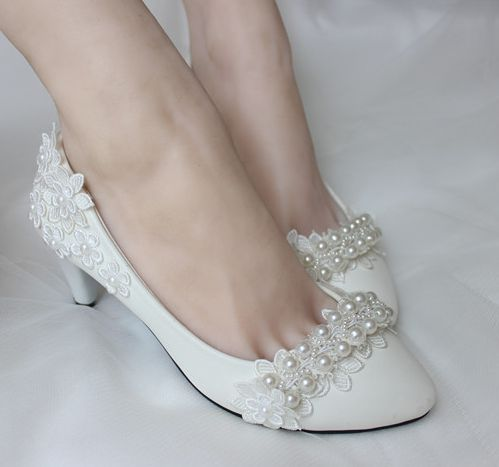 Med heel wedding pumps shoes for woman fashion handmade pearls lace flower pattern TG216 bridal shoe womens wedding shoes white<br>