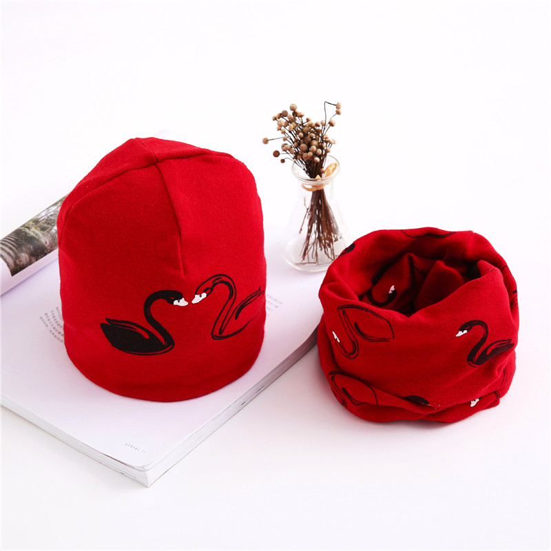swan red