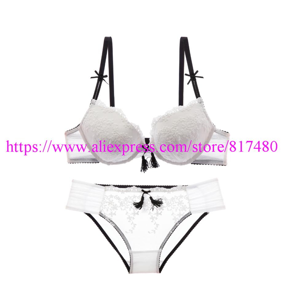 New Sexy Lace bra brief set gathered underwear Woman push up bra set,brassiere lingerie set summer thin bra sets 2