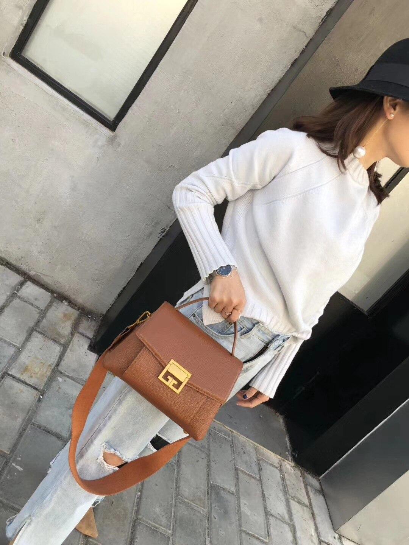 2018 New Leather Ladies Bag Korean Version Fashionable Lady Handbag Single Shoulder Satchel Bag Leather Big Bag