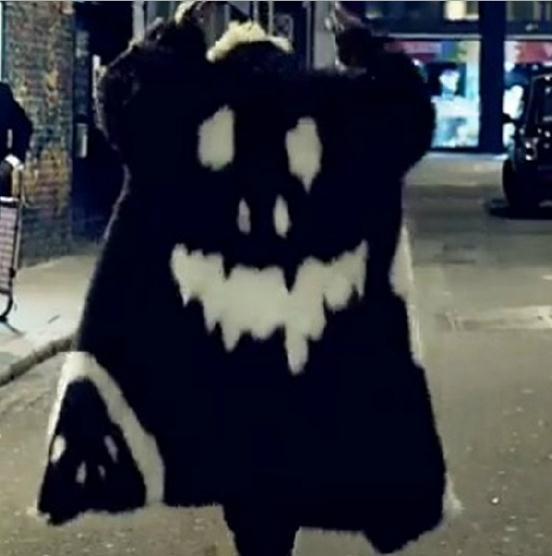 Luxury Winter Men Long Faux Fur Coats Parka 2017 WarmPlue Size XXXL 4XL White Black  Thick Fox Fur Jackets Windbreaker Robe Y781