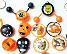 20 Piece Halloween Mixed Toys Spinner Top Clacker Kid Fun Party Favor Favour Game Gift Novelty Gift Pinata Bag Loot Filler
