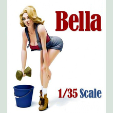 Free Shipping 1/35 Scale Unpainted Resin Figure Car wash girl Bella collection figure
