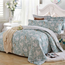BeddingOutlet Elegant Bedding Set Floral Printed Quilt Cover for Bedroom Cotton Fabric Bedspreads Queen King 4pcs
