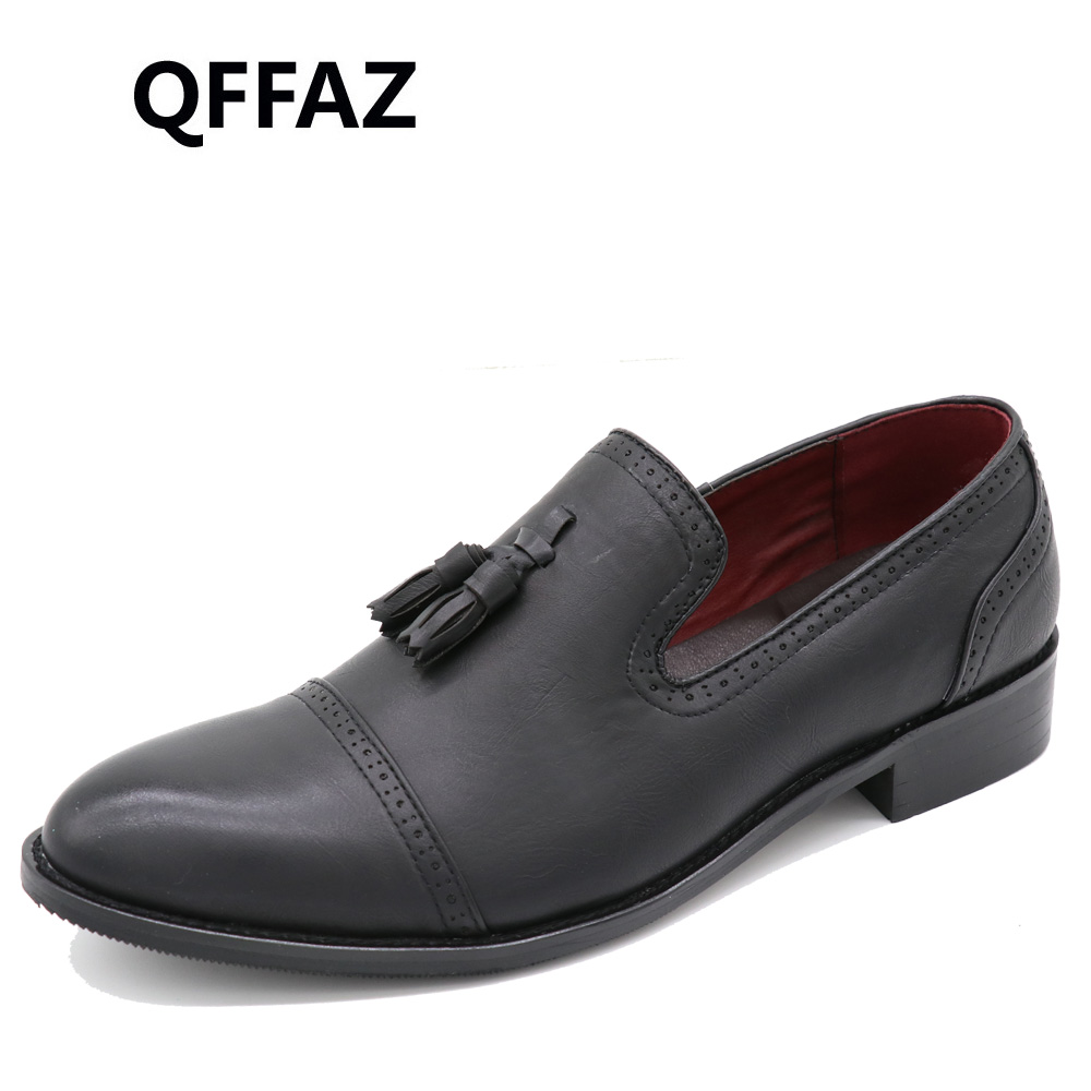QFFAZ New Loafers Men Oxford Flat Shoes Top brand Men Moccasins Shoes Wedding Leather Men Shoes Casual zapatos hombre P146<br>