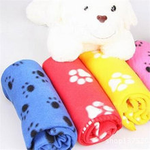 1PCS Sent at random Fashion Cool New Comfort Cute Pet Dog Cat Puppy Paw Prints Couture Cloak Blanket Mat Sheet(China)