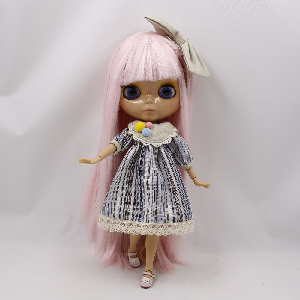 Neo Blythe Doll with Pink Hair, Tan Skin, Shiny Face & Jointed Body 3