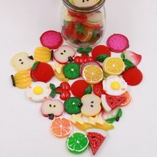 10pcs mini artificial fruit slices resin chips shop decoration photo exhibition props DIY cake decorating Christmas hat hairpin(China)