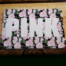 Hot European American Fashion Brand Logo Pink Flannel Living Room Bedroom Carpets Floor Mats Non-slip Rugs Free Shipping 40*60cm(China)