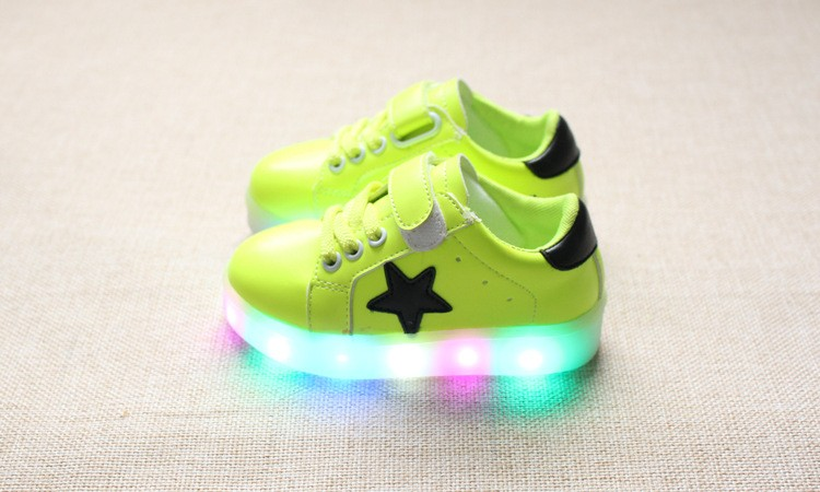 New 17 Cool LED lighted fashion new brand breathable children shoes cute little baby girls boys shoes kids sneakers 11