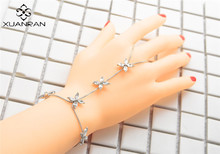 XUANRAN Alloy silver color personality  fashion small daisy bracelet Crystal  Lover flower Charm Bracelets For Women