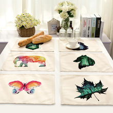 CAMMITEVER Watercolor Painting Animals Placemats Table Tablemats Dining Vintage Doily Desk Accessories Coasters Fabric Doilies