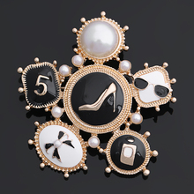 Factory Direct Sale 2017 New Style Women's Fashion Enamels Heel Perfume Bow Brooch Pins in Gold and Silver Tone(China)