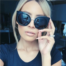 Cat Eye Sunglasses For Women's Brand Designer Vintage Sun glasses Women Pink Shades Eyewear Accessories Goggle oculos feminino