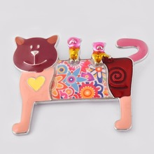 Fashion Novelty Enamel Cats Brooches Jewelry for Women Brooch Pins Costume Accessory