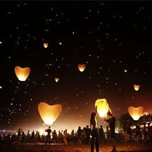 5Pcs/set Love Heart Sky Lantern Flying Wishing Lamp Hot Air Balloon Kongming Lantern Party Favors 90CM For Birthday Party white(China)