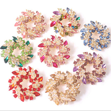 Delicate Rhinestone Gold Color Clear Crystal Circle Flower Interspersion Breast pin Wedding Scarf Brooch Pins Women Accessories