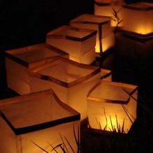 30pcs/lot Chinese Square Paper Wishing Floating Water River Candle Lanterns Lamp Light 15CM