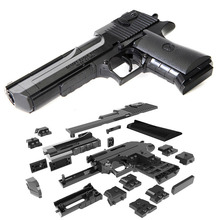DIY building blocks toys guns weapon Desert Eagle and BERETTA Revolver wtih bullet plastic pistol model for children's boys kids оружие пистолет пневматический канцелярия игрушки для мальчиков рул...(China)
