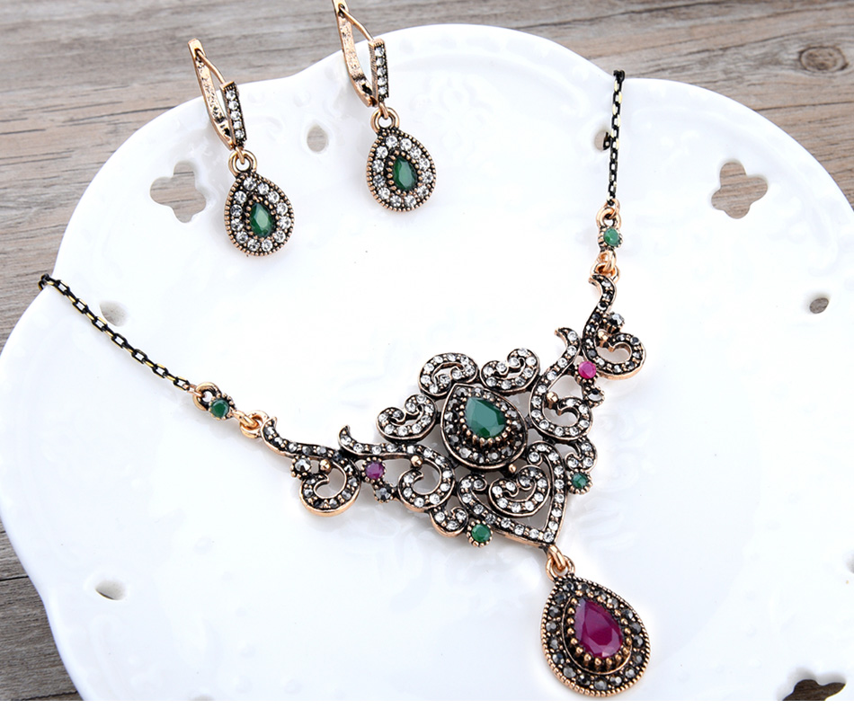 women\`s-vintage-jewelry-sets-of-wedding_04